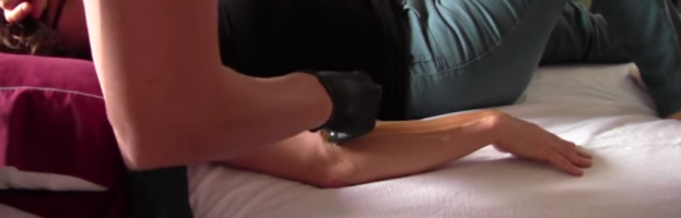 Full Arm Sugaring by Esthetician